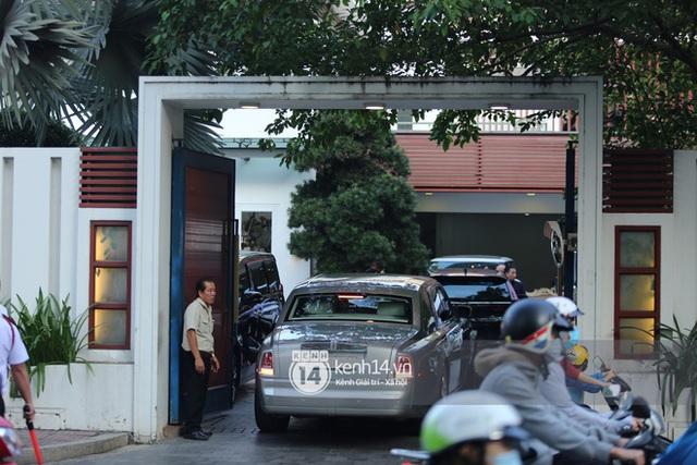 Rolls-Royce, McLaren, Maybach và dàn siêu xe của Phan Thành đồng loạt dán chữ hỷ chuẩn bị rước dâu - Ảnh 5.