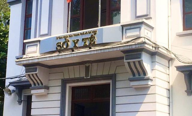 KHẨN: TP HCM nâng cấp độ cách ly người đến từ vùng dịch Quảng Ninh, Hải Dương  - Ảnh 1.