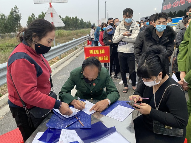 Người từng đến Chí Linh và sân bay Vân Đồn từ tháng 1-2021 liên hệ ngay cơ quan y tế - Ảnh 1.