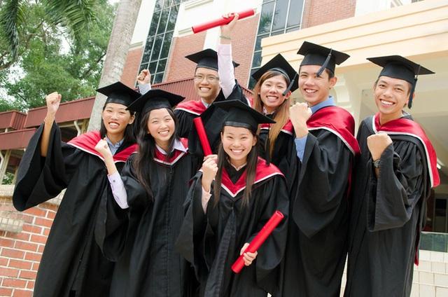 Chuyên gia người Việt gợi ý 10 trường đại học tốt nhất Canada, cảnh báo lấy bằng tốt nghiệp ở ngôi trường ma như xây nhà vật liệu dởm - Ảnh 3.