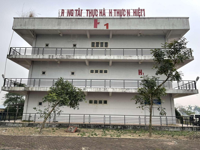 Tập đoàn Sungroup tháo dỡ thần tốc bệnh viện dã chiến tại Đà Nẵng đưa ra Hải Dương để chống dịch Covid-19 - Ảnh 7.