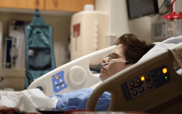 Hiện tượng bí ẩn đáng lo ngại của những bệnh nhân sau khi điều trị khỏi Covid-19 - Ảnh 2.