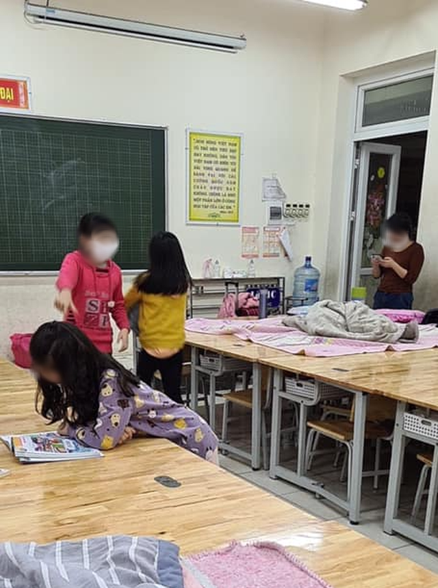Người mẹ có con học lớp 3 phải cách ly tại trường: Con khóc rất nhiều nhưng giờ đã vui vẻ, không sợ sệt gì cả - Ảnh 3.