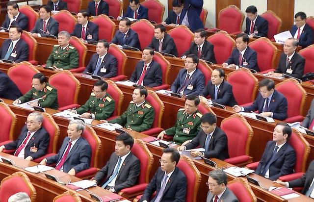 Chùm ảnh: Trung ương khóa XIII họp bầu Bộ Chính trị, Tổng Bí thư  - Ảnh 12.