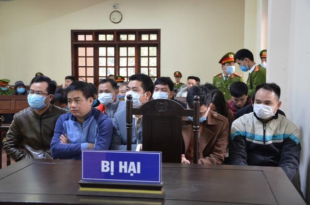 Nữ trưởng đoàn Thanh tra Bộ Xây dựng vòi tiền ở Vĩnh Phúc tóc bạc trắng sau hơn 1 năm bị bắt - Ảnh 9.