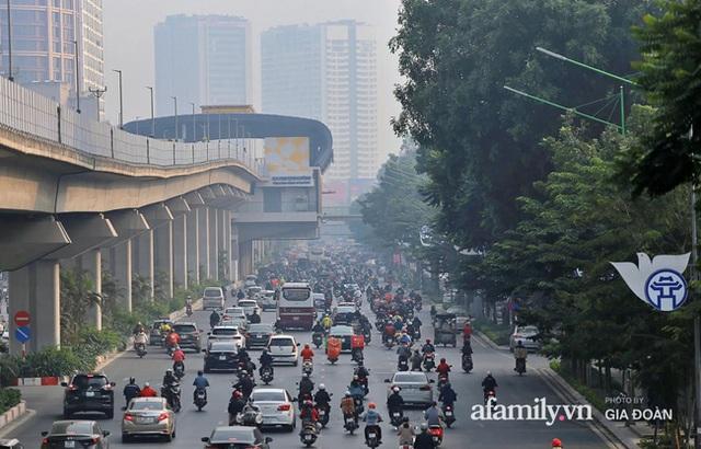 Không khí Hà Nội ở ngưỡng rất xấu, người dân không nên ra ngoài tập thể dục lúc sáng sớm và chiều tối - Ảnh 4.