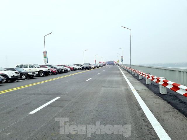 Chính thức thông xe cầu Thăng Long sau 6 tháng dừng hoạt động để sửa chữa - Ảnh 4.