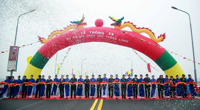 CLIP: Thông xe cầu Thăng Long sau gần 5 tháng sửa chữa  - Ảnh 6.