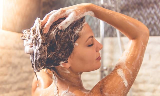 Dùng đèn sưởi nhà tắm vào ngày rét đậm: Chuyên gia khuyến cáo cần ghi nhớ 4 lưu ý sống còn - Ảnh 4.
