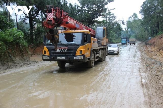 Thi công Quốc lộ 40B ở Quảng Nam ì ạch, đường nham nhở, dân kêu trời  - Ảnh 5.