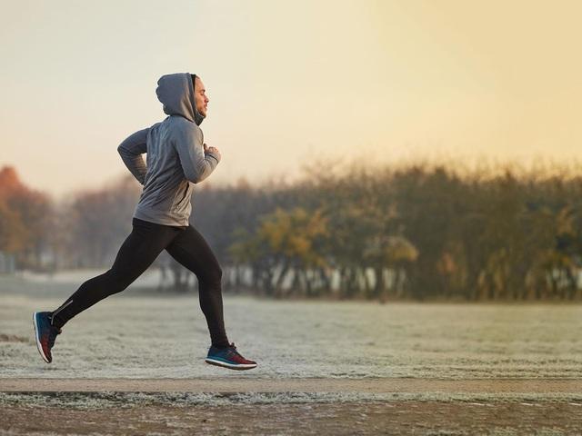 Tập thể dục vào thời điểm nào là tốt nhất cho sức khỏe? Chuyên gia chỉ ra 1 điểm mấu chốt giúp bạn có kết quả tích cực - Ảnh 1.