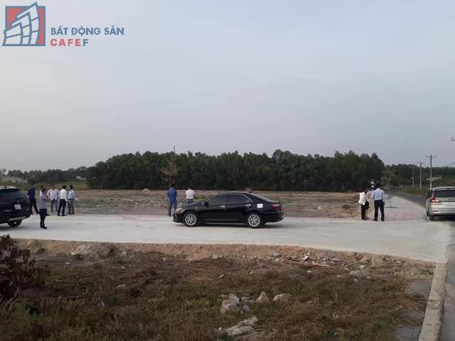 [Kinh Nghiệm Đầu Tư] Nhà đầu tư săn đất nền giá rẻ ăn theo sân bay Long Thành - Ảnh 1.