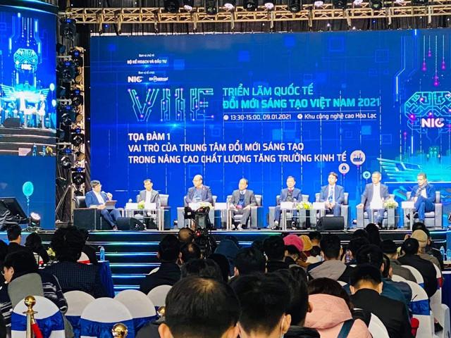 Thủ tướng: Ta tiến, nhưng thế giới chắc chắn không chờ chúng ta. Vì thế phải đổi mới sáng tạo, phải có khát vọng về một Việt Nam hùng cường - Ảnh 1.