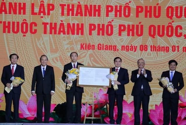 Công bố nghị quyết thành lập thành phố đảo đầu tiên của Việt Nam - Ảnh 2.