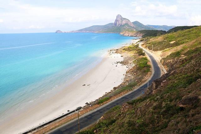 Hòn đảo Thiên đường Côn Đảo lọt vào top điểm đến tuyệt nhất năm 2021 - Ảnh 1.