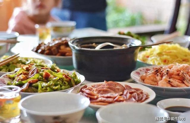 7 không vào bữa tối để bảo vệ sức khỏe, tránh bệnh về tiêu hóa và ngừa ung thư - Ảnh 1.