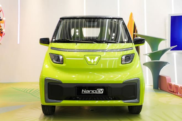 Ô tô điện giá 70 triệu đồng lộ diện, rẻ hơn xe máy ở Việt Nam, đi 305km sạc đầy pin - Ảnh 2.