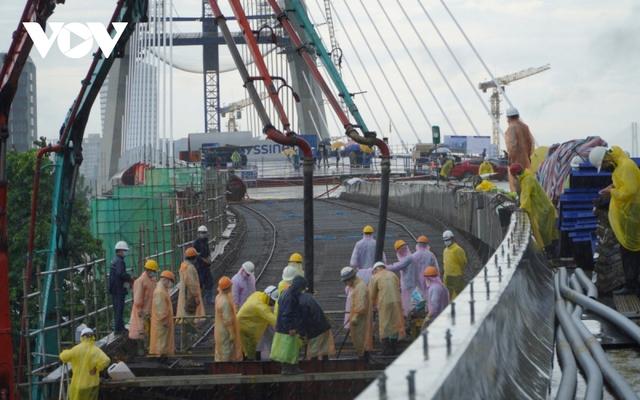 Chốt phương án vận chuyển người lao động từ các tỉnh, thành về lại TP.HCM làm việc - Ảnh 2.