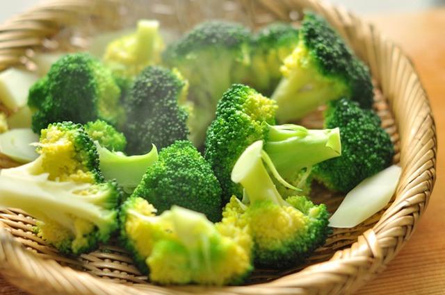 Chỉ vài ngàn mỗi ngày, 10 loại thực phẩm này sẽ giúp làm sạch phổi, phòng ngừa hàng loạt các bệnh về đường hô hấp  - Ảnh 2.