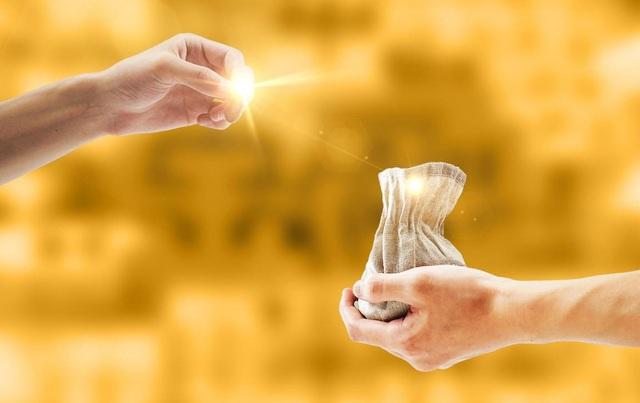 Tại sao bạn khó có thể kiếm được nhiều tiền? Phải sửa ngay lập tức 4 kiểu tư duy nếu muốn làm giàu - Ảnh 2.
