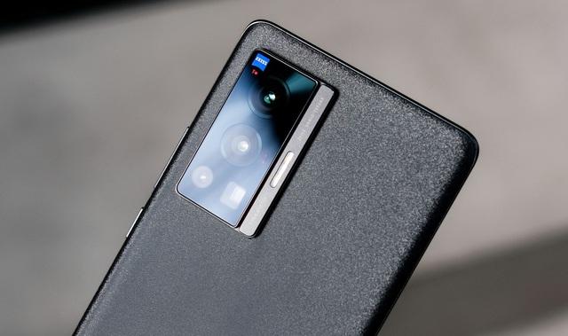 Trải nghiệm Vivo X70 Pro: smartphone đầu tiên tại Việt Nam dùng camera ZEISS T* có đáng mua? - Ảnh 3.
