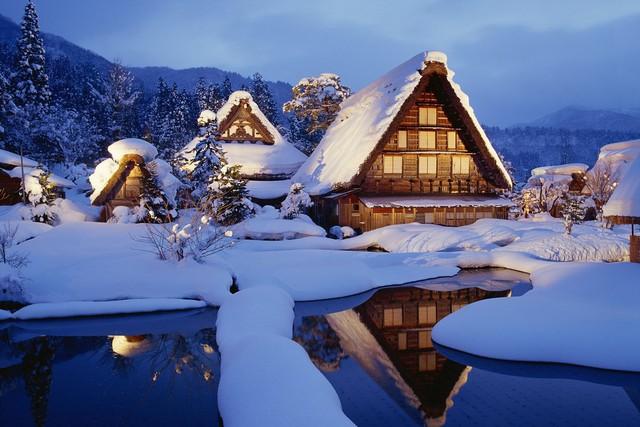 Ngẩn ngơ trước sự quyến rũ của những ngôi nhà mái dốc thuộc ngôi làng đẹp nhất Nhật Bản - Ảnh 16.
