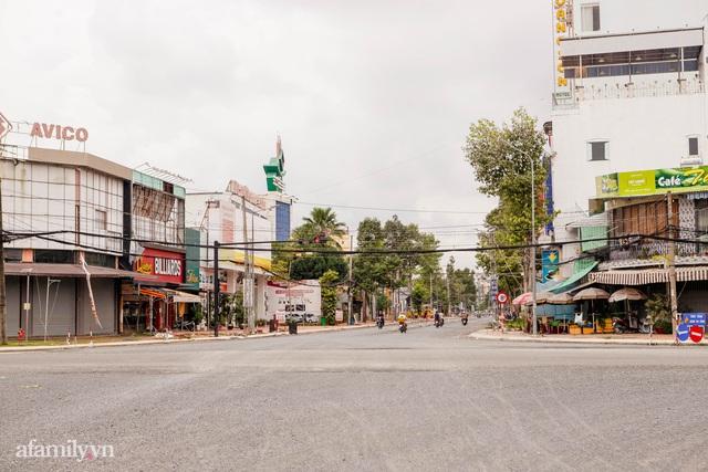 Cuộc sống bình thường mới ở Cần Thơ, nhìn thấy lại những gánh hàng rong trên các con phố mà rung động bao lâu rồi mới nhìn thấy nhau - Ảnh 9.