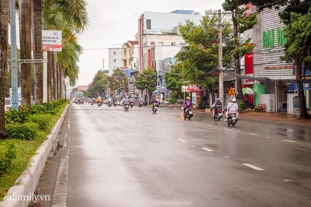 Cuộc sống bình thường mới ở Cần Thơ, nhìn thấy lại những gánh hàng rong trên các con phố mà rung động bao lâu rồi mới nhìn thấy nhau - Ảnh 10.