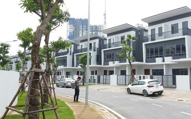 Giá nhà phố, biệt thự Hà Nội và Tp.HCM tiếp tục tăng - Ảnh 1.
