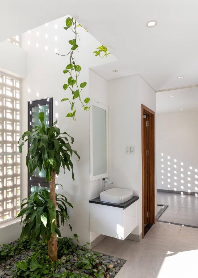 Căn nhà thứ hai 4,5 tỉ đồng tuyệt đẹp ở Đà Nẵng của đại gia Hà Nội chỉ dành riêng cho các kỳ nghỉ - Ảnh 7.