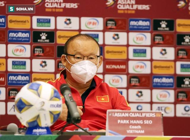 Đội tuyển Việt Nam nhận tin xấu từ FIFA, cột mốc đáng nhớ của thầy Park lung lay dữ dội - Ảnh 2.