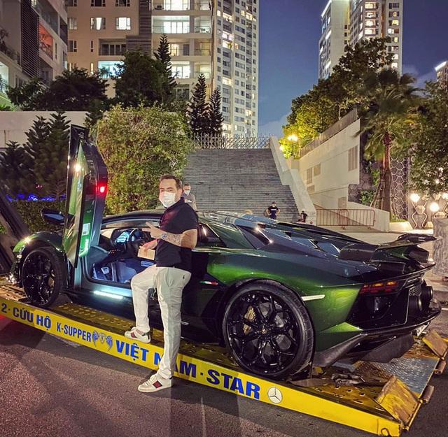 Ông trùm chuỗi nhà thuốc lớn nhất Việt Nam sắm Lamborghini Aventador SVJ, đặc biệt có sở thích đua xe - Ảnh 2.