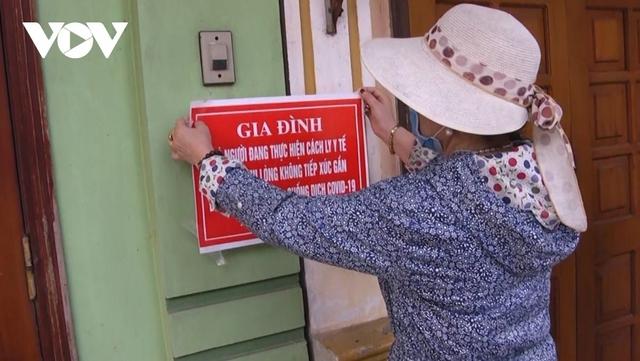 Hà Nội bỏ đề xuất treo biển trước cửa nhà người từ TP.HCM về  - Ảnh 1.