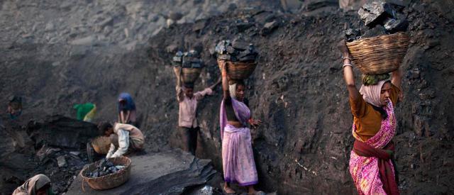 Không riêng Trung Quốc, cơn đói điện đang hành hạ thêm một gã khổng lồ khác của châu Á - Ảnh 1.