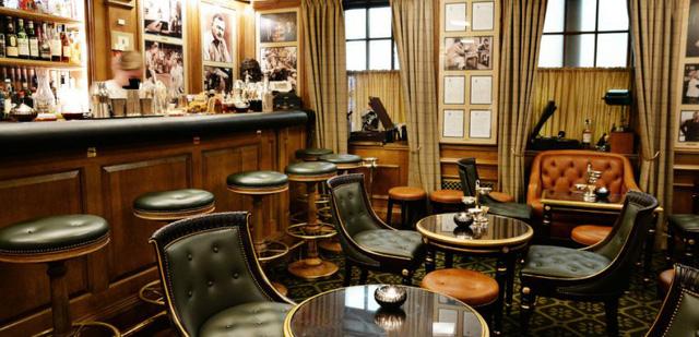 """Cesar Ritz - Anh nông dân chăn dê mở ra kỷ nguyên mới của khách sạn cao cấp phục vụ giới thượng lưu, """"tượng đài"""" của ngành dịch vụ khách hàng - Ảnh 1."""