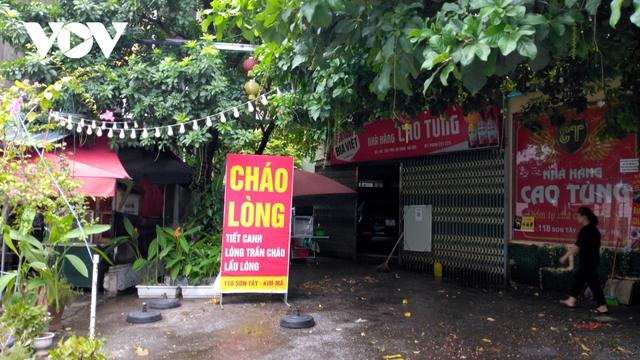 Nhà hàng, quán cà phê ở Hà Nội nhộn nhịp đón khách ăn uống tại chỗ - Ảnh 13.