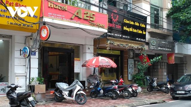 Nhà hàng, quán cà phê ở Hà Nội nhộn nhịp đón khách ăn uống tại chỗ - Ảnh 22.