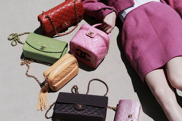Giải điền kinh Chanel mở rộng tại Hàn: Cuộc đua mỗi người 1 chiếc túi cho tới màn thiết quân luật từ nhà mốt - Ảnh 4.