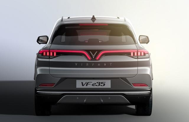 VinFast sẽ chính thức ra mắt ô tô điện VF e35, e36 tại Los Angeles Auto Show tháng 11 - Ảnh 2.
