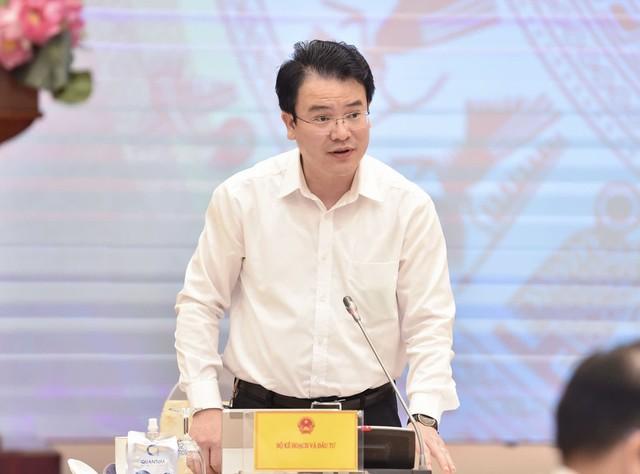 Thứ trưởng Bộ KHĐT: Việt Nam muốn tăng trưởng GDP 3% năm 2021 thì 3 tháng cuối năm phải đạt mức 7,06% trở lên - Ảnh 1.