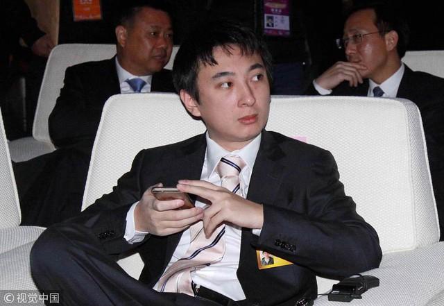 Thế hệ trẻ tuổi giàu có tại Trung Quốc bị chán ghét: Kế thừa tiền bạc của gia đình, không có nỗ lực xứng đáng nhưng được sống xa hoa, bề thế hết mức - Ảnh 3.