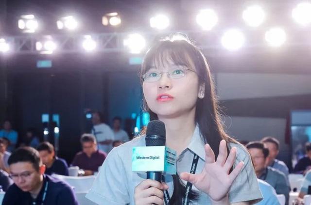 Nữ thiên tài được Huawei tuyển dụng với lương 5,5 tỷ đồng/năm: Là tiến sĩ NVM, SMR, khả năng hùng biện tiếng Anh lưu loát, nhận sự săn đón từ hàng loạt tập đoàn công nghệ hàng đầu - Ảnh 1.