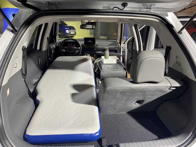 Chiếc SUV mini giá 266 triệu gây bão tại Hàn Quốc có gì mà đến Tổng thống Moon Jae-in cũng phải xếp hàng đặt mua - Ảnh 6.