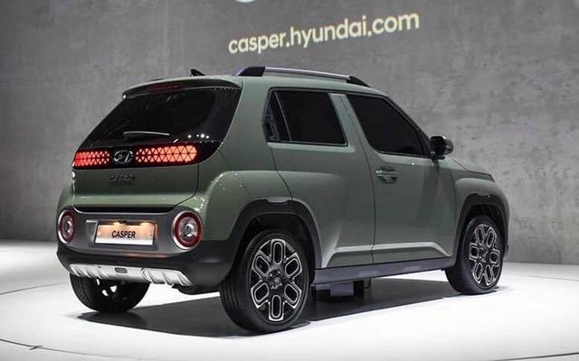 Chiếc SUV mini giá 266 triệu gây bão tại Hàn Quốc có gì mà đến Tổng thống Moon Jae-in cũng phải xếp hàng đặt mua - Ảnh 2.
