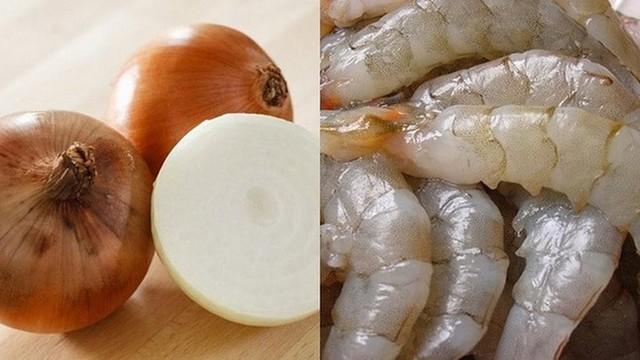 Thực phẩm đại kỵ với hành tây, nếu ăn chung sẽ sinh sỏi mật, thậm chí mù lòa  - Ảnh 1.