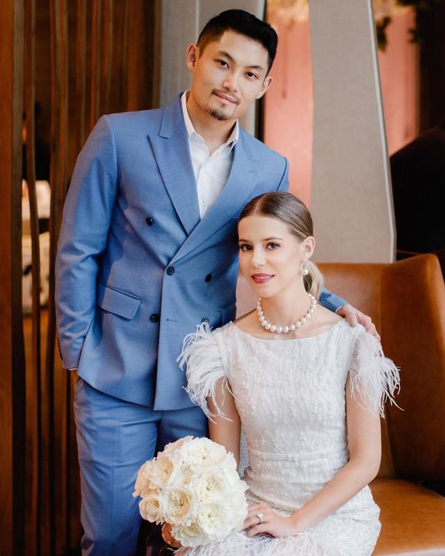 Lộ diện cô gái nắm giữ trái tim cậu cả của gia tộc giàu nhất nhì Malaysia: Ngoại hình hoàn mỹ, có tài chinh phục cả nhà chồng - Ảnh 4.
