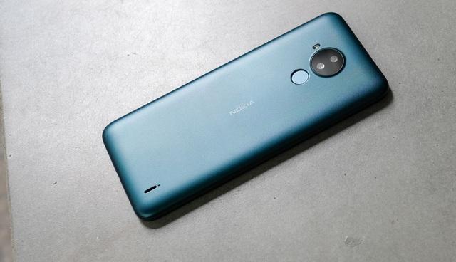 Trải nghiệm Nokia C30: Màn hình lớn nhất phân khúc, pin siêu khủng 6.000 mAh, giá dưới 3 triệu đồng có đáng mua? - Ảnh 1.