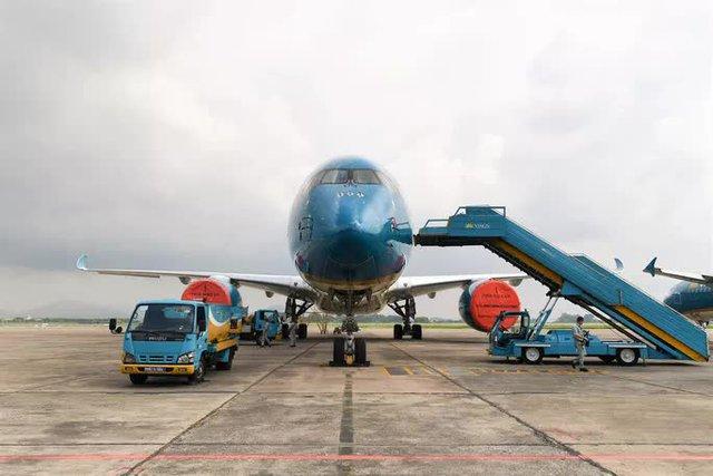 Hàng không hối hả bảo dưỡng máy bay trước ngày nối lại bay nội địa - Ảnh 2.