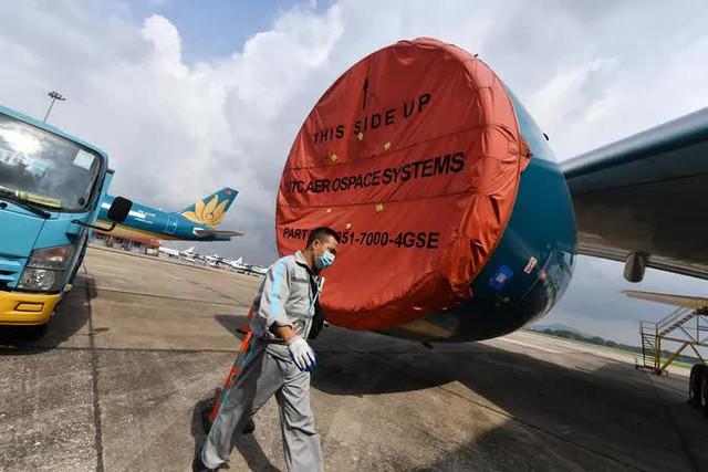 Hàng không hối hả bảo dưỡng máy bay trước ngày nối lại bay nội địa - Ảnh 3.