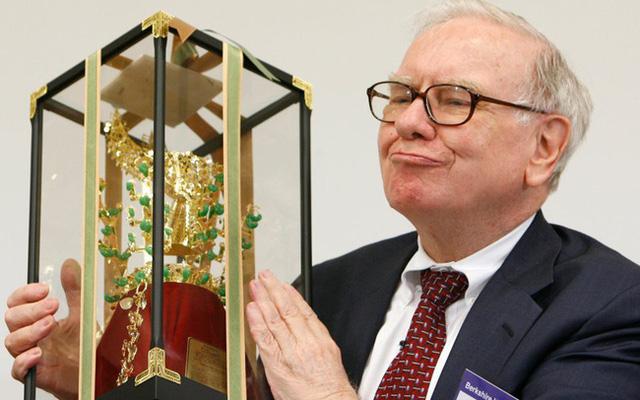 3 đạo lý là châm ngôn làm giàu của tỷ phú Warren Buffett: Kẻ càng phô trường sự thông minh thì càng dễ bị đánh gục! - Ảnh 2.